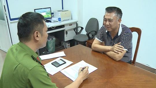 CLIP: Công an Thừa Thiên - Huế bắt Đinh Tiến Sử, kẻ bị truy nã đặc biệt - Ảnh 1.