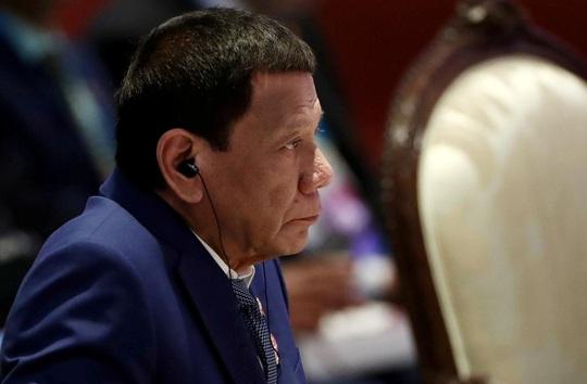 Ông Duterte thách ICC treo cổ mình - Ảnh 1.