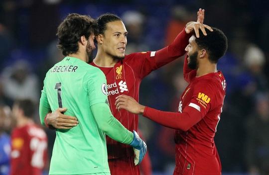 Leicester tặng quà, Liverpool giành ngôi vô địch mùa Đông - Ảnh 8.