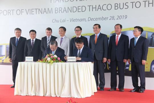 THACO xuất lô hàng xe bus thương hiệu Việt đầu tiên sang Philippines - Ảnh 7.