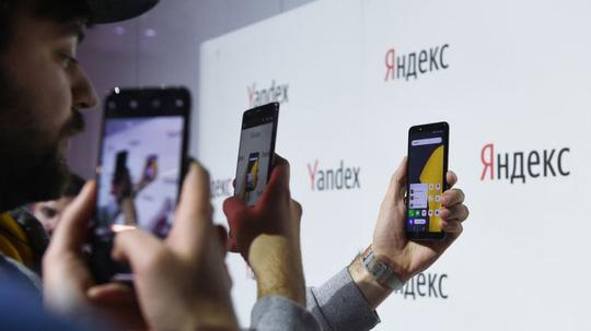 Nga: Thiết bị điện tử phải cài sẵn phần mềm bản địa - Ảnh 1.
