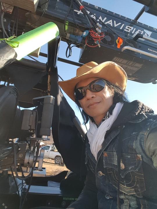Dustin Nguyễn phản hồi CGV và New Arena vụ cắt vai diễn - Ảnh 1.