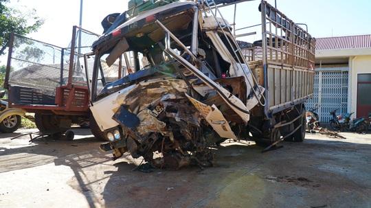 Vụ tai nạn thảm khốc ở Gia Lai: 4 người trên xe bán tải say xỉn, chạy lấn đường - Ảnh 3.