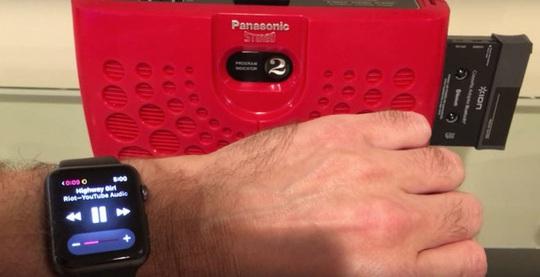 Sử dụng iPhone và Apple Watch hồi sinh đồ công nghệ cổ - Ảnh 6.