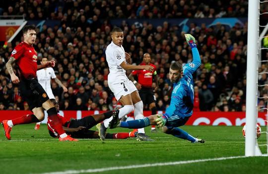 Man United sắp bị rao bán giá 3,8 tỉ bảng cho tỉ phú Ả Rập - Ảnh 4.