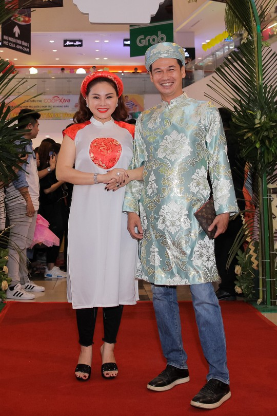 Ngọc Trinh và Diệu Nhi duyên dáng với đầm cô dâu - Ảnh 13.