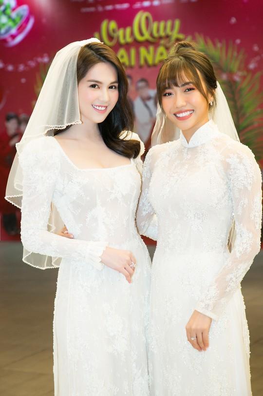 Ngọc Trinh và Diệu Nhi duyên dáng với đầm cô dâu - Ảnh 9.