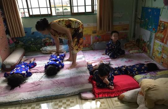 (gui ba hoi dong bai dang ngay 28 Tet)Ca sinh 5 đầu tiên ở Việt Nam bây giờ ra sao? - Ảnh 15.