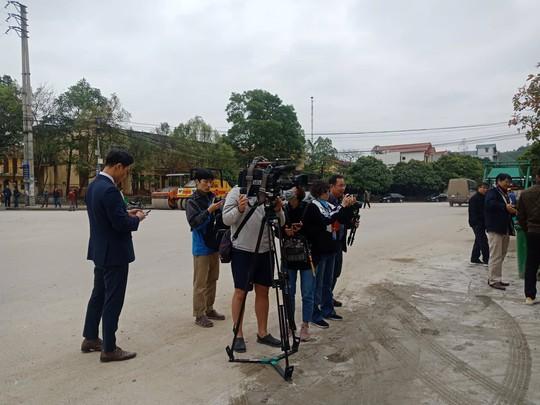 An ninh thắt chặt, hàng chục phóng viên quốc tế có mặt tại Ga Đồng Đăng trước hội nghị Thượng đỉnh - Ảnh 17.