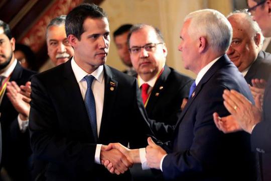 Mỹ tung đòn mới vào Venezuela - Ảnh 1.