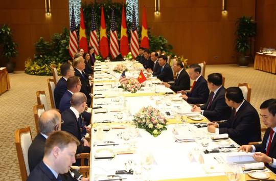 Toàn cảnh cuộc gặp Tổng Bí thư, Chủ tịch nước và Thủ tướng với Tổng thống Donald Trump - Ảnh 6.