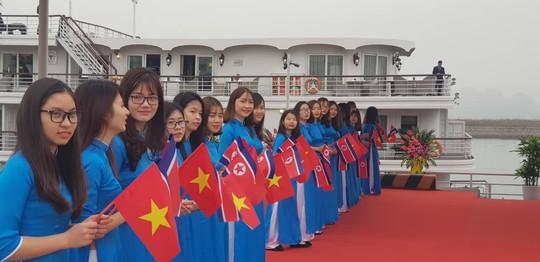 3 phó chủ tịch Đảng Lao động Triều Tiên thăm vịnh Hạ Long - Ảnh 6.