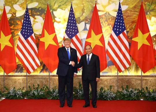 Toàn cảnh cuộc gặp Tổng Bí thư, Chủ tịch nước và Thủ tướng với Tổng thống Donald Trump - Ảnh 4.