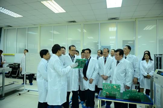Đến thăm Viettel, lãnh đạo Triều Tiên nói hy vọng có cơ hội giao lưu, hợp tác - Ảnh 2.