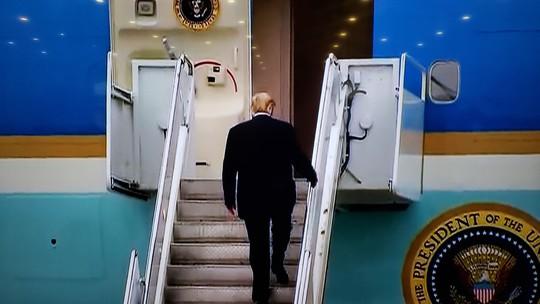 Tổng thống Trump rời Việt Nam - Ảnh 2.