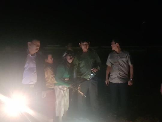 6 học sinh chết và mất tích: Tiếng khóc xé lòng bên bờ biển - Ảnh 5.