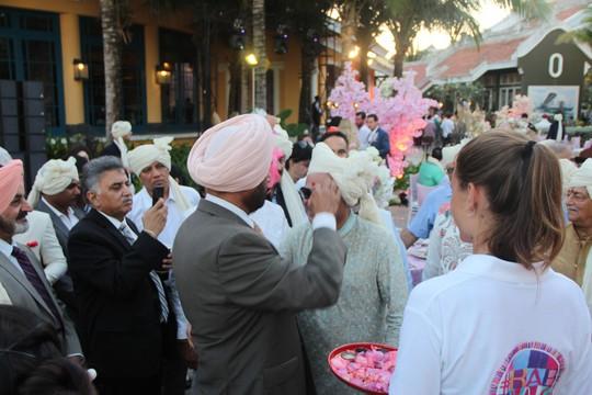 Lộng lẫy lễ cưới chính thức của tỉ phú Ấn Độ tại Phú Quốc - Ảnh 13.