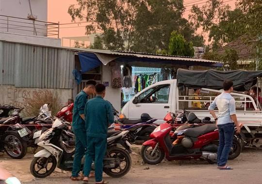 TP HCM: Bắt thanh niên sát hại 4 người, trong đó có 3 người thân - Ảnh 1.