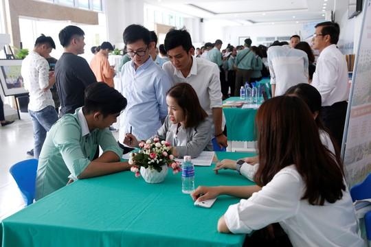 Ngày hội việc làm tại ĐH Đông Á: 198 sinh viên được tiếp nhận làm việc tại Nhật Bản - Ảnh 1.