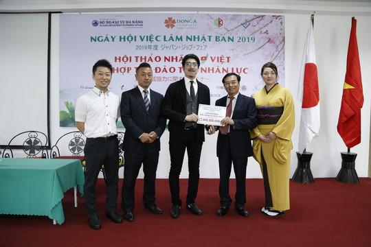 Ngày hội việc làm tại ĐH Đông Á: 198 sinh viên được tiếp nhận làm việc tại Nhật Bản - Ảnh 2.