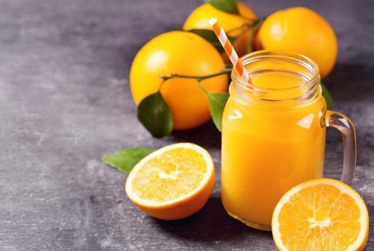 Tác dụng thần kỳ khi bạn uống 4-8 ly nước cam/tuần - Ảnh 1.