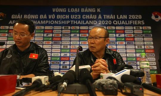 Bóng đá Việt Nam không còn ngại Thái Lan: Mọi thứ bắt đầu từ HLV Park... - Ảnh 1.