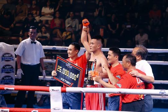 Võ sĩ Việt Nam đại thắng tại Victory 8 lần 2-2019 - Ảnh 1.