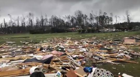 Mỹ: Lốc xoáy càn quét, số người chết không ngừng tăng - Ảnh 6.