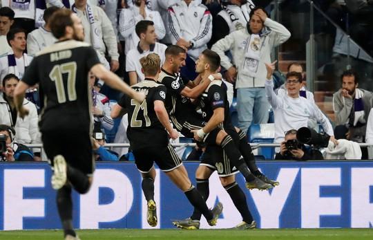 Mãn án phạt FIFA, Chelsea vung tiền chiêu mộ vua kiến tạo - Ảnh 6.