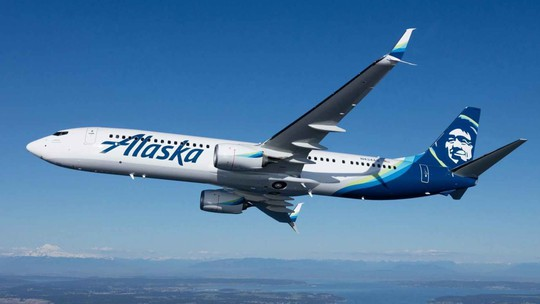 Máy bay chuyển hướng vì hành khách đòi... đốt xì-gà - Ảnh 1.