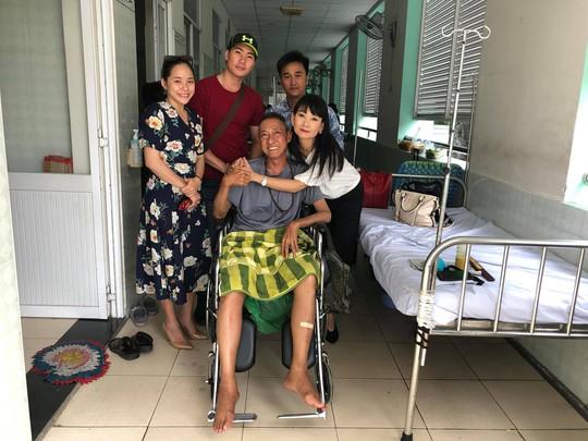 Kỳ nữ Kim Cương động viên nghệ sĩ Lê Bình điều trị ung thư theo liệu pháp mới - Ảnh 3.