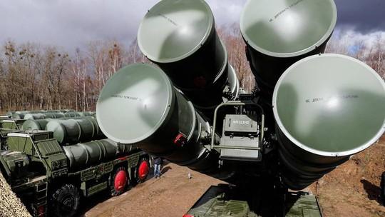Cơn ác mộng của NATO S-400 đủ sức hạ máy bay tàng hình - Ảnh 2.