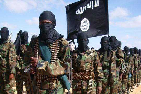 IS vùng dậy ở miền Trung Syria, đoạt mạng 35 binh sĩ - Ảnh 2.