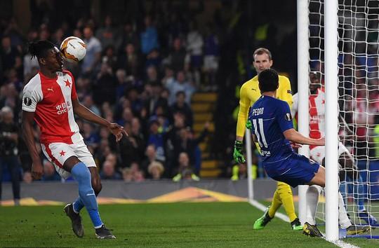 Rượt đuổi 7 bàn, Chelsea suýt trả giá đắt tại Europa League - Ảnh 4.