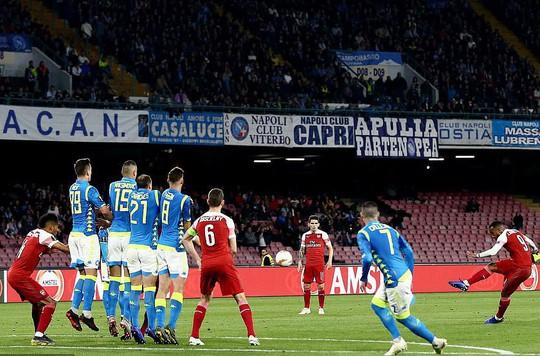 Rượt đuổi 7 bàn, Chelsea suýt trả giá đắt tại Europa League - Ảnh 7.