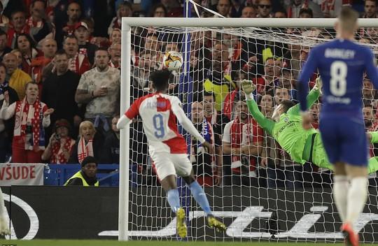 Rượt đuổi 7 bàn, Chelsea suýt trả giá đắt tại Europa League - Ảnh 5.