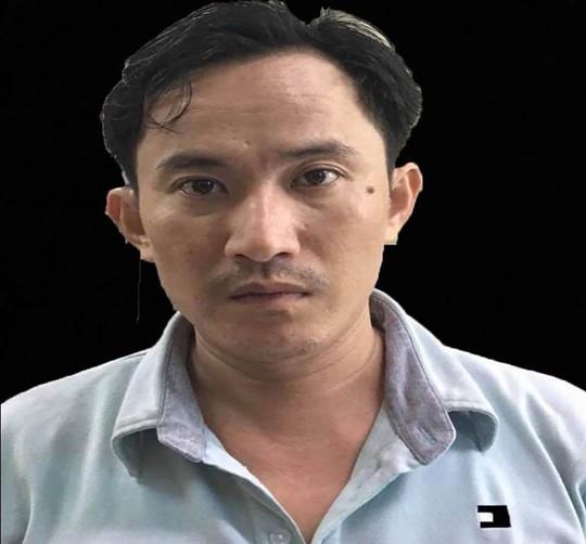 Bắt kẻ chủ mưu tra tấn man rợ cô gái 18 tuổi sẩy thai ở huyện Bình Chánh - Ảnh 1.