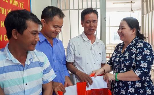 Tân Bình có nghiệp đoàn thu gom rác dân lập đầu tiên - Ảnh 1.