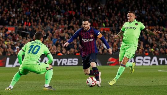 Messi quyết đổi vận, hạ Liverpool tại Nou Camp - Ảnh 1.