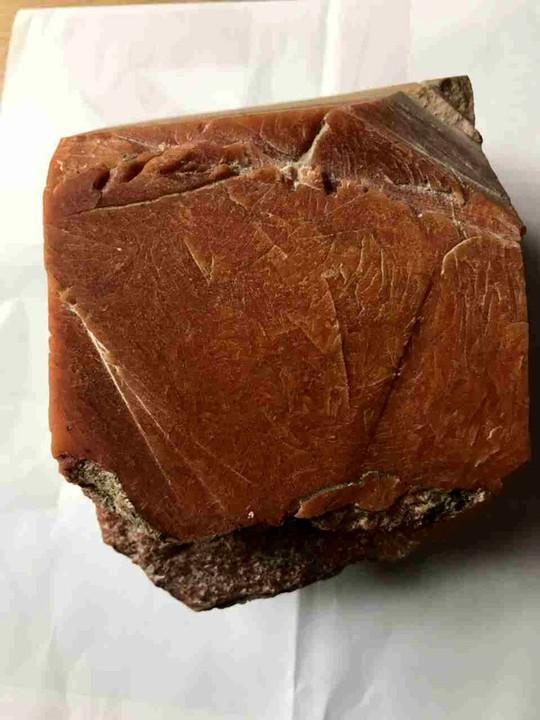 Tảng báu vật của biển chỉ nặng 1,5kg nhưng trị giá hàng tỉ ở Ninh Bình - Ảnh 2.