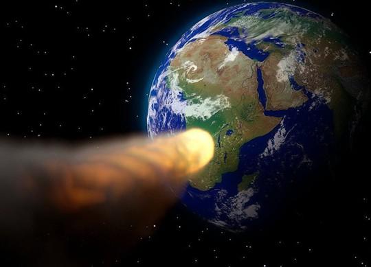 NASA tiết lộ về 2 tiểu hành tinh suýt vung nắm đấm vào trái đất - Ảnh 1.