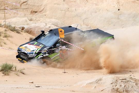 Quá hấp dẫn giải đua xe địa hình sa mạc ở Ninh Thuận - Ảnh 8.