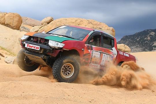 Quá hấp dẫn giải đua xe địa hình sa mạc ở Ninh Thuận - Ảnh 6.