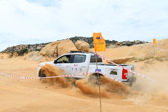 Quá hấp dẫn giải đua xe địa hình sa mạc ở Ninh Thuận - Ảnh 4.