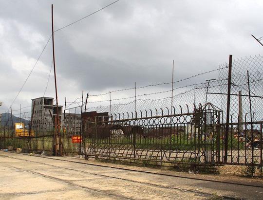 Cận cảnh nhà máy thép 1.700 tỉ đồng bỏ hoang đem đấu giá chỉ hơn 100 tỉ đồng - Ảnh 3.