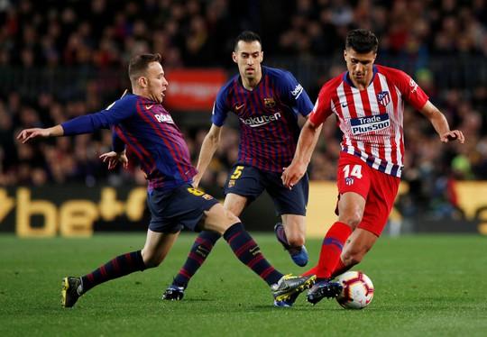 Messi được đồng đội ca tụng hết lời - Ảnh 1.