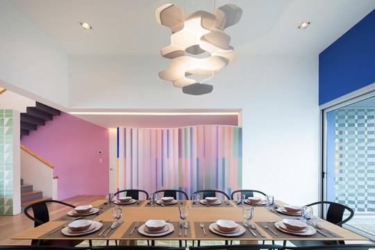 Ngôi nhà đẹp như một bức tranh rực rỡ sắc màu - Ảnh 10.
