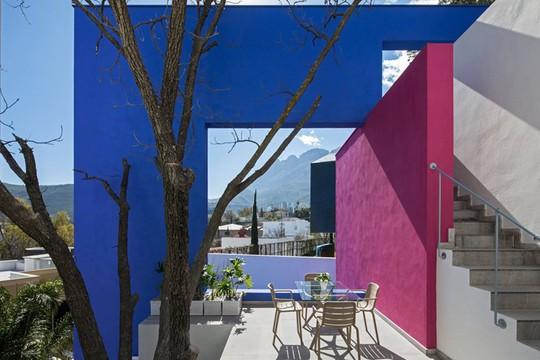Ngôi nhà đẹp như một bức tranh rực rỡ sắc màu - Ảnh 2.