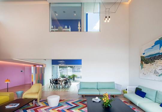 Ngôi nhà đẹp như một bức tranh rực rỡ sắc màu - Ảnh 6.