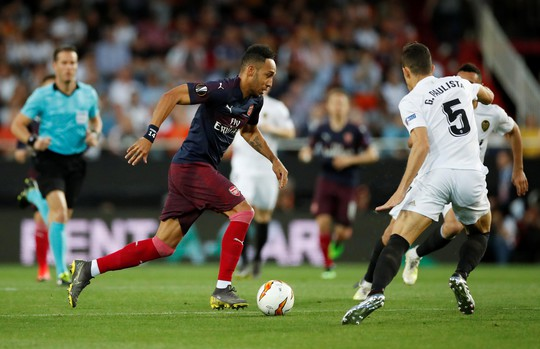 Arsenal đại thắng nhờ hat-trick, Chelsea nghẹt thở thắng luân lưu - Ảnh 4.